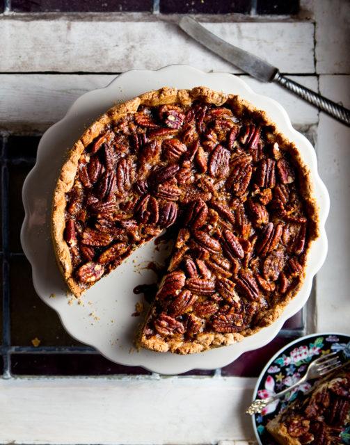 bakken met noten Pecan pie