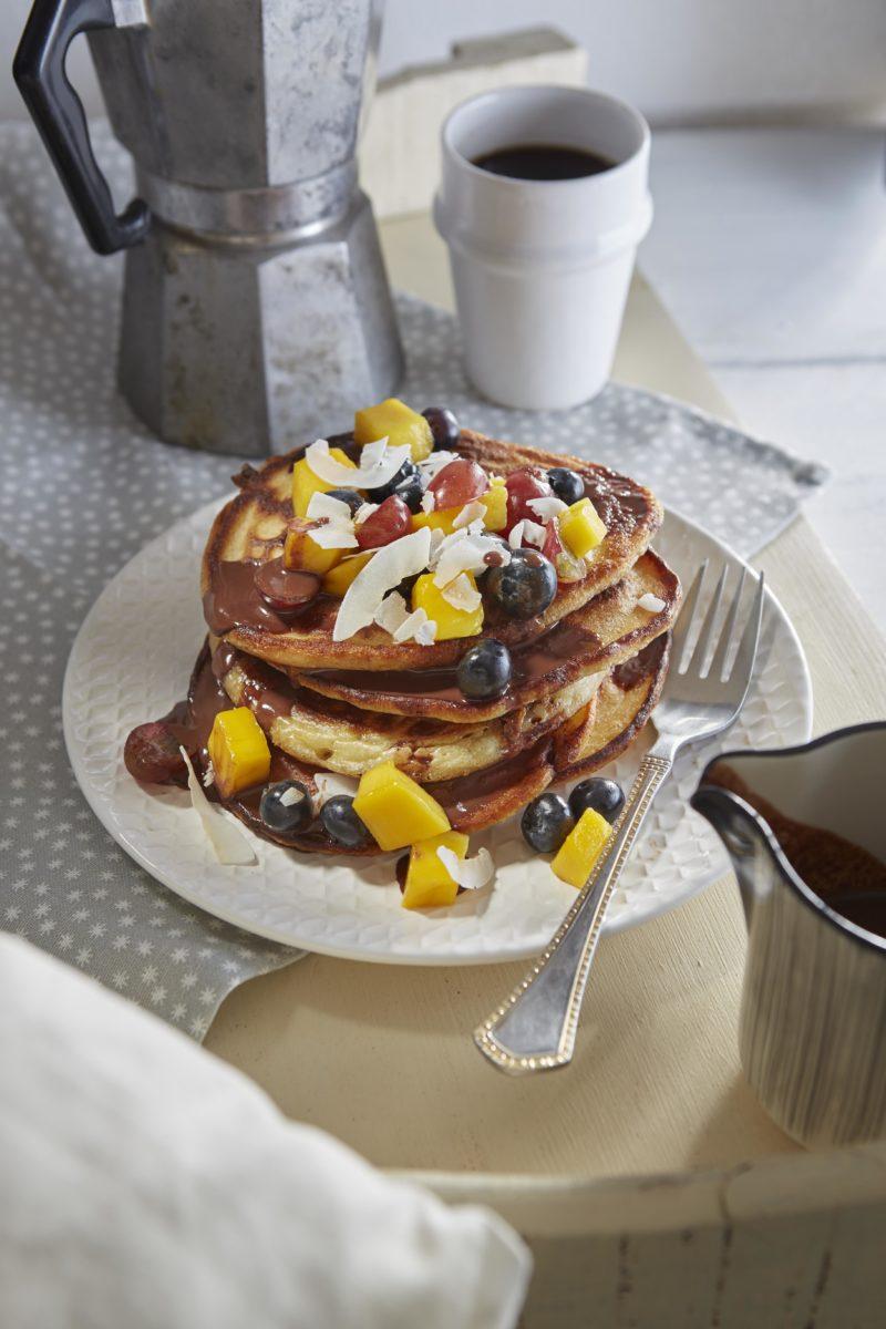 Solo food: Pancakes chocoladesaus en fruit