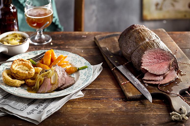 Sunday roast met Yorkshire puddings