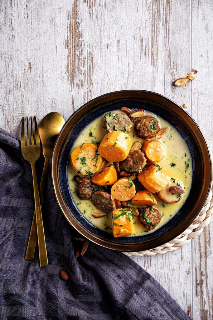 Vegaballetjes met zoete aardappels en mierikswortelroom