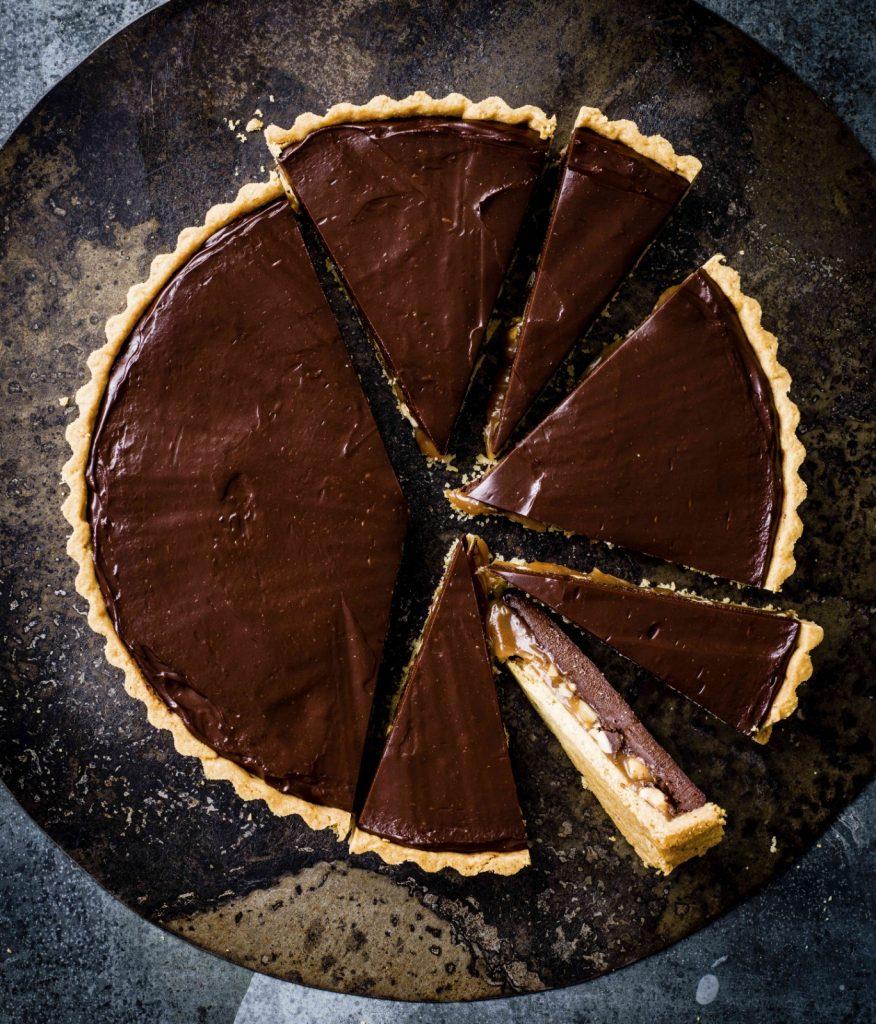 Chocoladetaart met pindakaramel