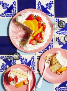 Pastel de tres leches uit het boek Comida Mexicana