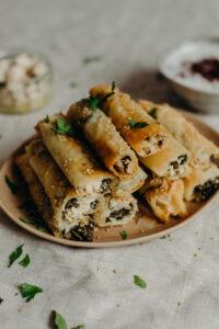 Filodeegrolletjes met spinazie en vegan feta