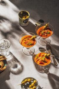 Piperade - pittige soep met paprika, venkel en tomaat